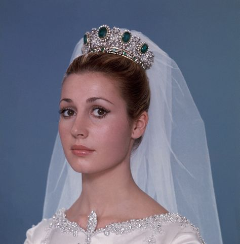 compra venta ajuste clásico 100% de alta calidad Duchesse. De Cadix dans la robe de Cristobal Balenciaga ...
