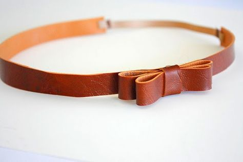 easy leather bow tutorial--this as a belt