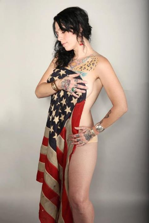 American naked picker danielle colby phone