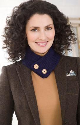 Button Up Neck Warmer free #crochet pattern