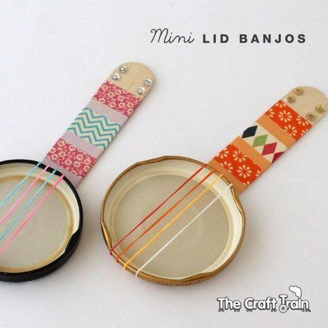 Mini banjos and more fun #banjos#banjos #fun #mini