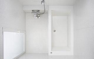 在来工法浴室とユニットバス 建築家とつくる家 ユニットバス 無印