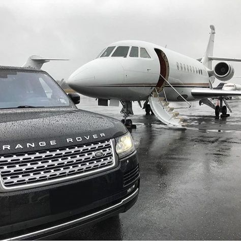 Mykonos Private Jet Charters - Beste Just Luxus Wealthy Lifestyle, Luxury Lifestyle Women, Rich Lifestyle, Billionaire Lifestyle, Lifestyle News, Jaguar Land Rover, Lamborghini Gallardo, Ferrari 458, Jets Privés De Luxe