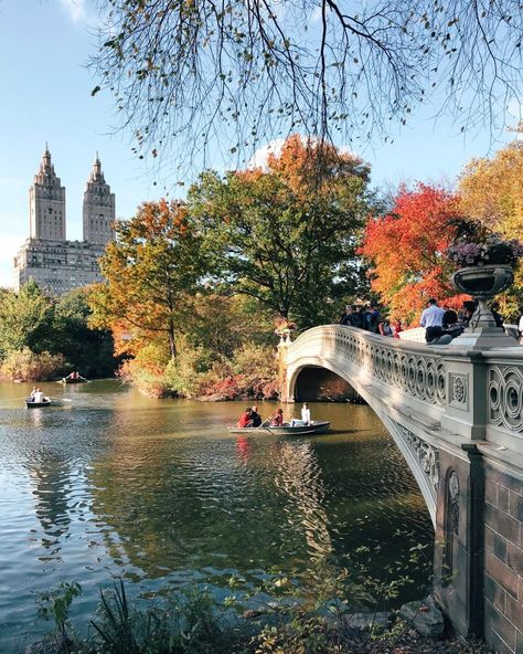 NYC Fall Photo Guide: New York Fall Bucket List   Through Kelsey's Lens