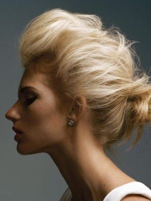 Oh the simplicity of volume! It's amazing what you can do with a professional texture spray! <3
