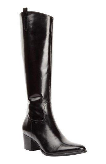 Nepremokávé dámske gumáky značky Hunter v čiernej farbe. Model je vyrobený  z gumy.  df395363408