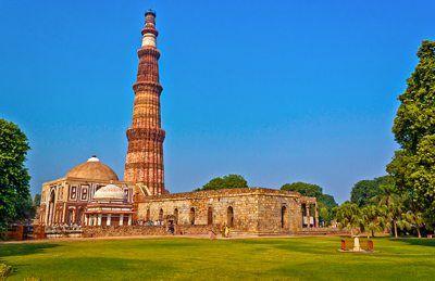 قطب مينار في نيودلهي الهند Delhi Tourism India Tour Tourism