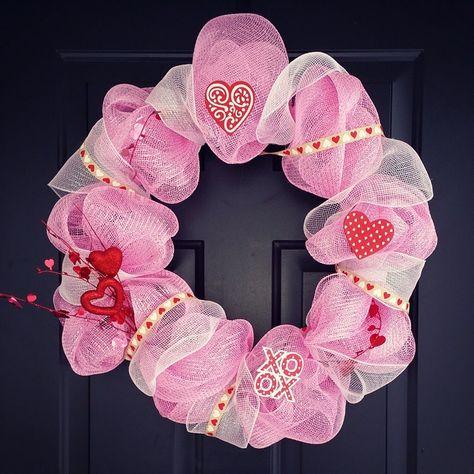 Diy Valentines Deco Mesh Wreath Pictures Diy Valentines Deco Mesh