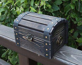 Wood Trunk Keepsake Lockable Box Wedding Storage Rustic Wooden Etsy In 2020 Baby Memory Box Treasure Chest Boy Keepsake Box
