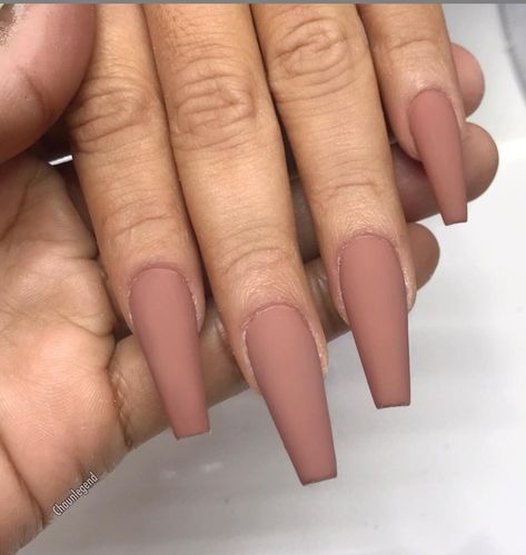 30 Natural Matte Coffin Nails Design With Different Colors For Spring & Summer - Coffin & Stiletto Nails Design