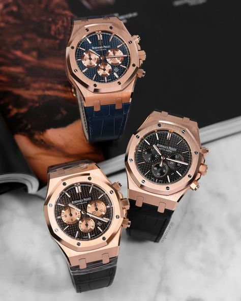 "1,687 likerklikk, 18 kommentarer – Avi & Co.™️ (@aviandco) på Instagram: ""The Golden Trio🌟 #audemarspiguet  Royal Oak #chronograph 18k Rose Gold 🌊 Blue Dial & Blue Alligator…"""
