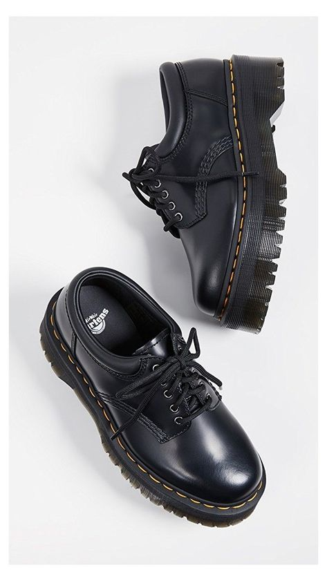Dr. Martens, Doc Martens Stiefel, Doc Martens Boots, Doc Martens Black, Doc Martens Women, Dr Shoes, Sock Shoes, Cute Shoes, Me Too Shoes