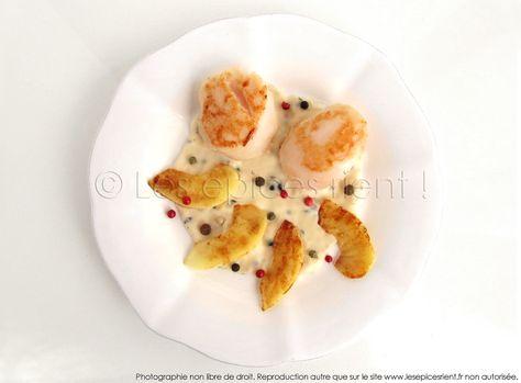 Noix de St Jacques poêlées, compotée de pommes au cidre doux et 5 baies   Les épices rient !