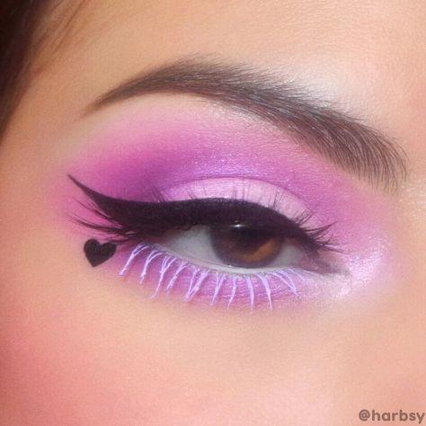Edgy Eye Makeup, Creative Makeup Looks, Colorful Eye Makeup, Eye Makeup Art, Eyeshadow Makeup, Purple Eye Makeup, Fun Makeup, Makeup Ideas, Grunge Eye Makeup