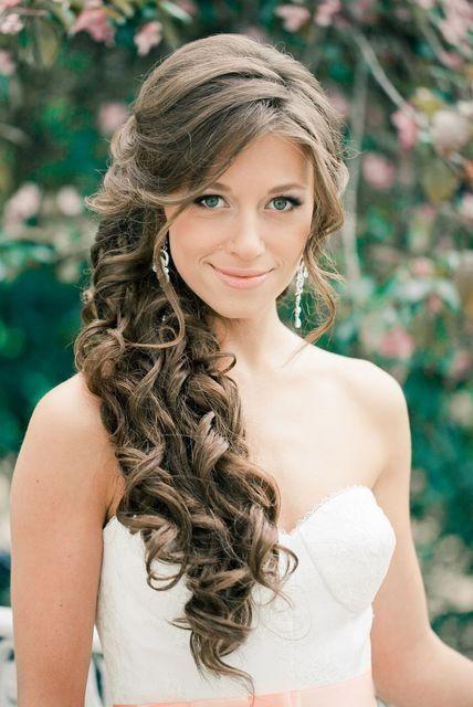 Brautfrisuren Halboffen Seitlich Seitliche Frisuren Frisur Hochzeit Hochzeitsfrisuren
