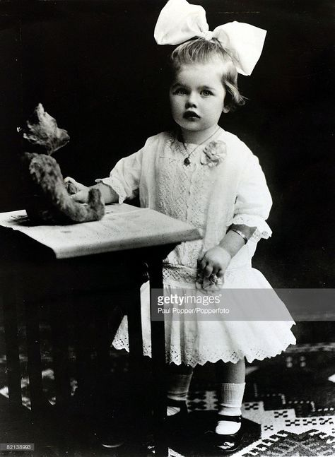 circa 1915, Lucille Ball pictured at the age of 5, American actress Lucille Ball, (1911-1989), will be remembered as the dizzy sitcom comedy actress who made famous her television shows 'I Love Lucy', 'The Lucy Ball Show' and 'Here's Lucy' in the 1950's and 1960's, She married twice to Cuban actor / musician Desi Arnaz and Gary Morton