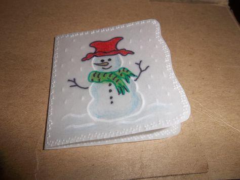 Tarjeta en pergamino reciclado.
