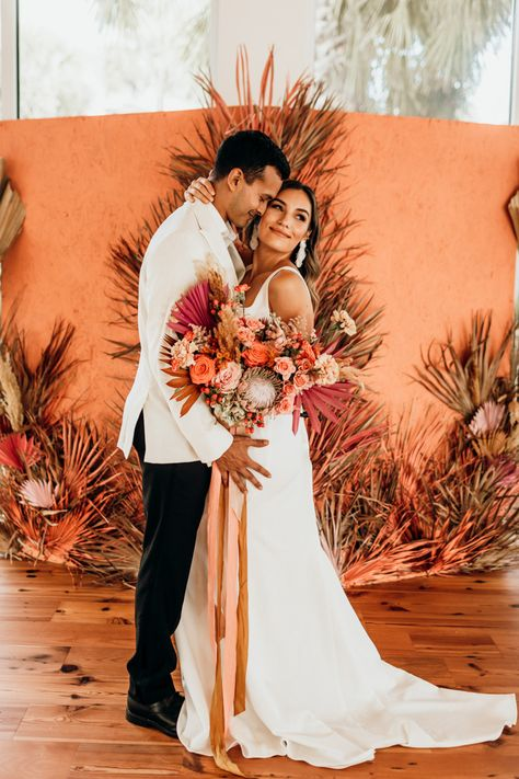 This wedding inspiration has all the pretty tropical + retro vibes you could dream of! Lilac Wedding, Spring Wedding, Wedding Colors, Wedding Bouquets, Dream Wedding, Wedding Dresses, Wedding Orange, Exotic Wedding, Green Wedding Shoes