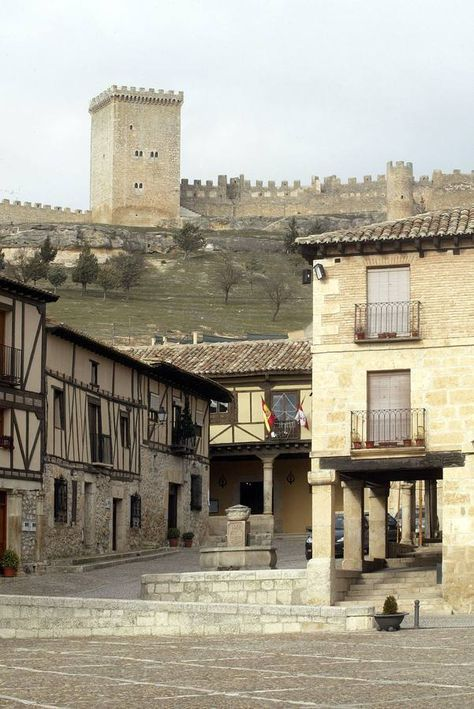 Peñaranda De Duero Burgos Pueblos De España Lugares De España Paisajes De España