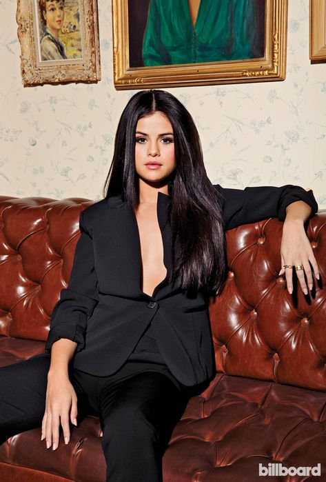 See Nicki Minaj, Selena Gomez and More of the Year's No. 1 Artists: The Billboard Shoot