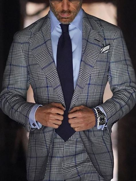 Men fashion casual 817333032362392378 - Notched Lapel Plaid Pocket leisure Suit Source by aedanaidenfire Der Gentleman, Gentleman Style, Mens Fashion Suits, Mens Suits, Suits Women, Prom Suits For Men, Black Suit Men, Designer Suits For Men, Well Dressed Men