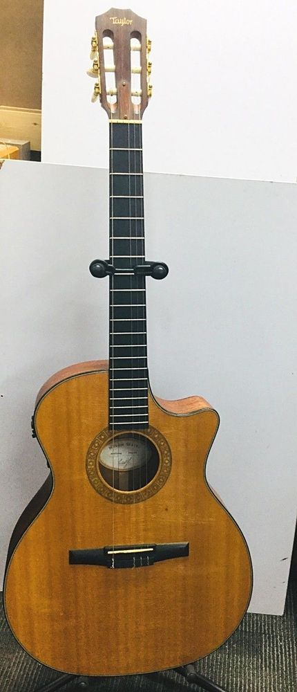 Taylor Ns34 Ce Acoustic Guitar With Hard Case Used In Good Condition Usa Made Acoustic Guitar Guitar Hardcase