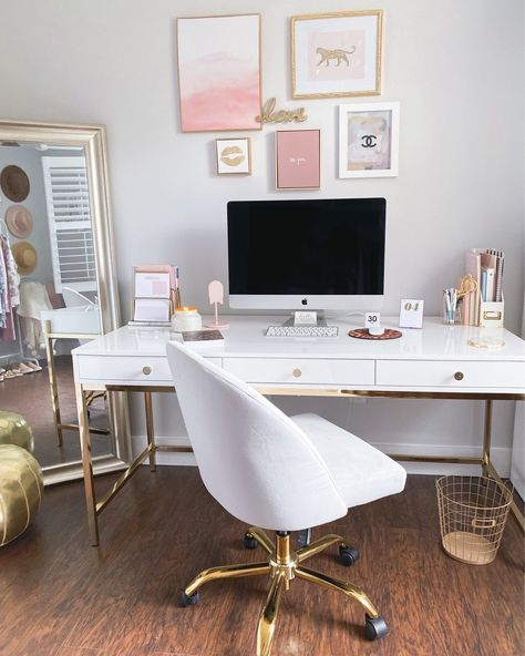 Fancy Things Home Office Spring Update - The Fancy Things Mesa Home Office, Cozy Home Office, Home Office Setup, Home Office Desks, Home Office Bedroom, White Desk For Home Office, At Home Office Ideas, Apartment Office, Office Organization At Work