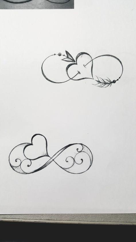 Tatuaggio infinito con cuore