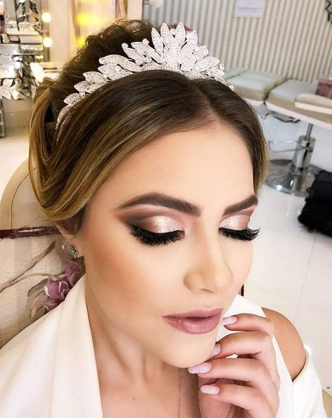 45 Wedding Make Up Ideas For Stylish Brides ❤ wedding makeup classical elegant. - - 45 Wedding Make Up Ideas For Stylish Brides ❤ wedding makeup classical elegant in peach tones with black arrows makeup.