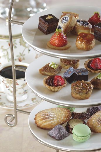 The Ritz-Carlton, Dallas - Afternoon Tea in the Lobby Lounge.