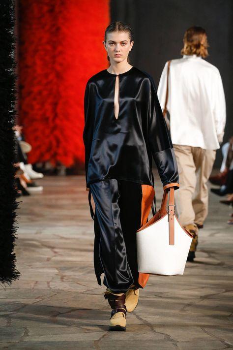 Loewe Spring 2019 Ready to Wear Fashion Show | Mode, Männer