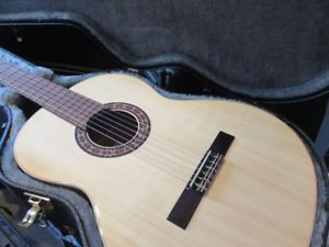 Beautiful New Almansa Classical Guitar Classical Guitar Guitar Classical