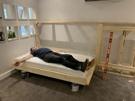 """Need a bed (or two) but don't have space for another permanent """"bedroom?"""" Is your old college futon/hand-me-down guest bed/blow-up mattress no longer cutting it? We have a solution -- DIY your own Murphy bed! Check out our project and get inspired! Murphy Bed Kits, Build A Murphy Bed, Best Murphy Bed, Murphy Bed Plans, Murphy Bed Desk, Bed Lifts, Horizontal Murphy Bed, Modern Murphy Beds, Small Home Offices"""