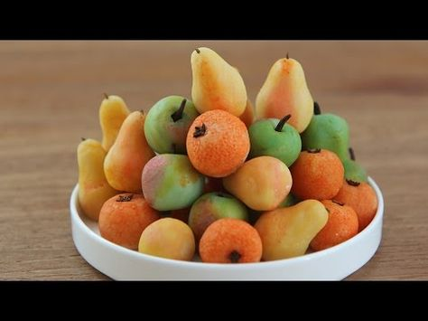 How To Make Marzipan Fruits Apples Pears Oranges With This Recipe And Short How To Video How To Make Marzipan Marzipan Recipe Marzipan Fruit