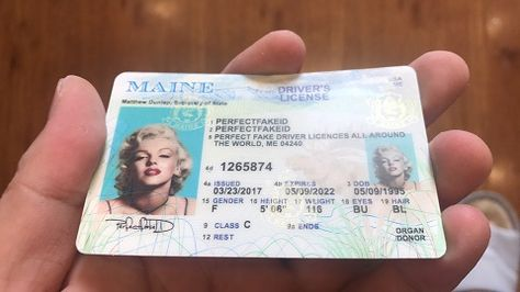 Id Driver S License Maine Fake Novelty Template Quality Best Me Lobster Scannable Seafood Fishing New With Images Drivers License Licensing Death Certificate