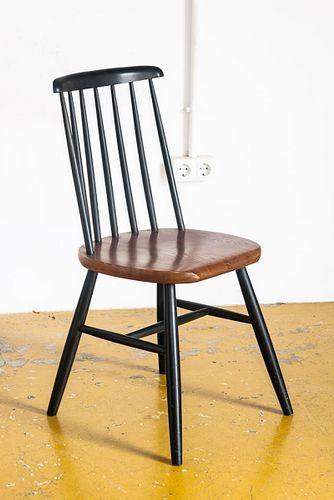 Schwarzer Franzosischer Vintage Holzstuhl 1960er Bei Pamono Kaufen Holzstuhle Stuhle Franzosisches Vintage