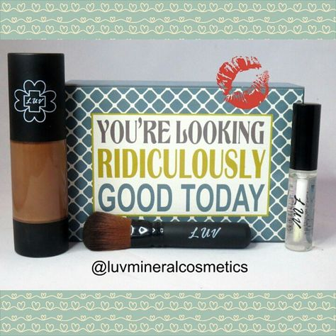 Minimalist or Bold. What is your weekend makeup? Either way, confidently know you look good! #makeup #weekendlook #fashion #cosmetics #confidence #beauty #luvmineralcosmetics #mineralmakeup