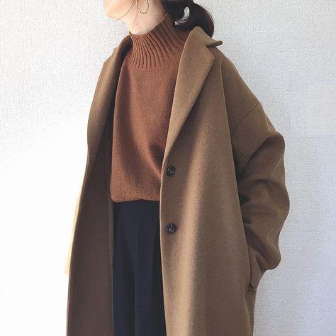 """にこ on Instagram: """"昨日の試着会コートpic 「後ほど…」なんて言って寝てしまいました💦 ・ 私が着たのは明日発売の #ウールブレンドオーバーサイズコート 🧥 カラーはブラウン カフェラテみたいな高見えブラウン☕️💕 sizeはMです ・…"""" Winter Fashion Outfits, Fall Winter Outfits, Autumn Winter Fashion, Mode Chic, Mode Style, Muslim Fashion, Korean Fashion, Coats For Women, Jackets For Women"""
