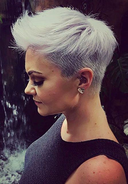 Short Shaved Haircut Shaved Sides Haircut Female Ideas In 2019 Shaved Side Hairstyles Short Hair Shaved Sides Shaved Hair Women