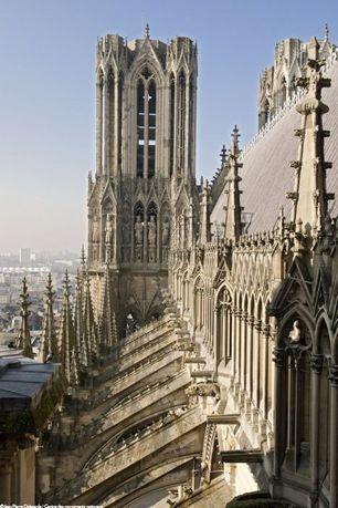Tours De La Cathedrale De Reims Cathedrale Reims Notre Dame De Reims
