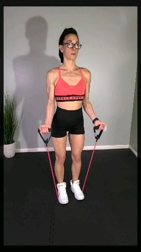 Quick and easy upper body workout at home