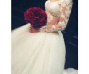 بنت خالتي قريبا سوف تــــزف اجمل عـــــروسه سوف تبـــــدا حياه جديـــــده يـــــارب كن معها واجعل Princess Wedding Dresses Cute Girl Photo Cute Wedding Ideas