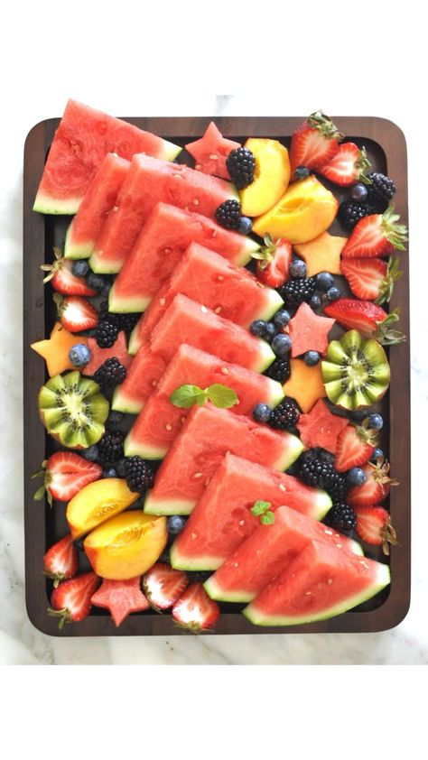 How to make a fruit board