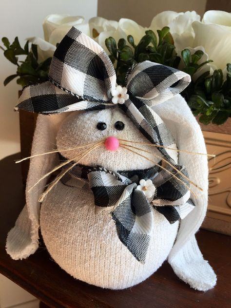 Easter Decorations 45247171244885167 - How To Make Sock Bunnies – Crafty Morning Source by Sock Crafts, Bunny Crafts, Diy And Crafts, Rabbit Crafts, Crafts With Socks, Crafts To Sell, Easter Projects, Easter Crafts For Kids, Diy Easter Toys