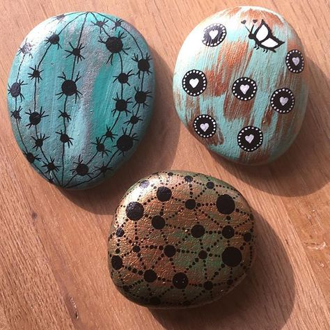 stoneart 🌵 #stoneart #painting #cacti...