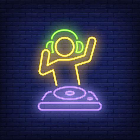 Disc jokey com sinal de néon do misturador do dj Vetor grátis
