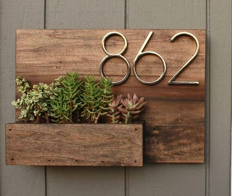 This House Number Planter Box Makes The Perfect Addition To Any Front Porch We Start By Staining Poplar Wood A D Wood Table Diy Wooden Table Diy House Numbers
