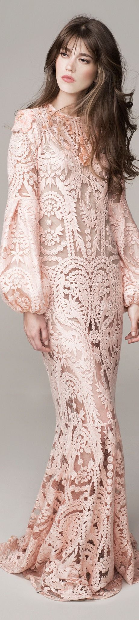 Johanna Ortiz Spring 2016 #Ready-to-Wear..and really who has the right to be this pretty lol