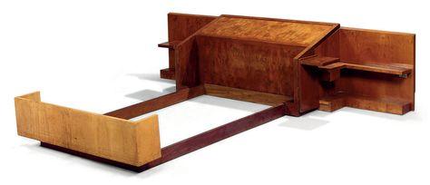 Pierre Chareau 1883 1950 Lit Double Vers 1930 En Placage D Acajou La Tete De Lit Composee D Un Panneau Plein En Leger Avec Images Maison De Verre Lits Doubles Art Deco
