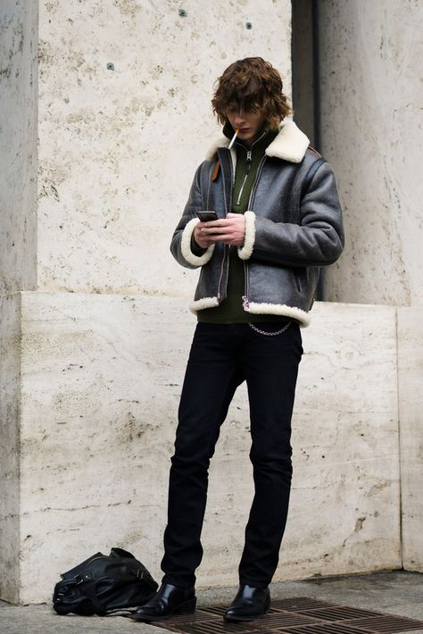 men s outfitters in truro Urban Outfits, Fashion Outfits, Mens Fashion, Men's Outfits, Rocker Style Men, Outfits Hombre, Bohemian Style Clothing, Calvin Klein, Fashion Night
